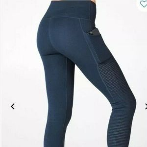 Fabletics high-waisted sculptknit pocket leggings